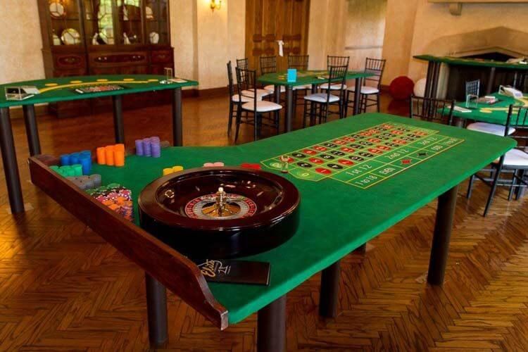 Ideal Casino Games to Play at Home