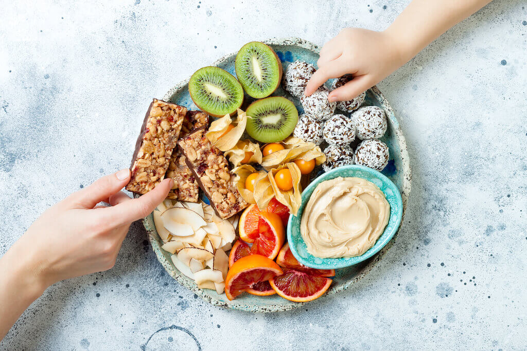 Easy And Healthy Snacks For Your Next Poker Party